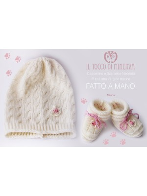 Milena white newborn hat and shoes Made by hand