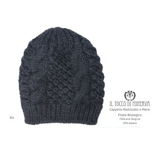 Organic black organic wool woman's hat - Handmade