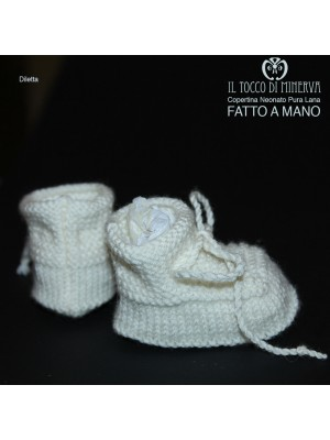 Pure White Newborn Woolen Slippers Handmade