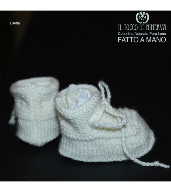 Pure White Newborn Woolen Slippers Handmade